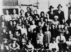 [Gente di Rho ai primi del Novecento