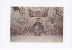 Sala degli specchi, ancora da restaurare