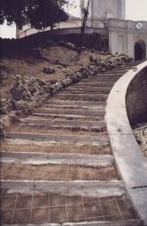 Rampa di salita alla torre delle acque durante il restauro