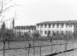 Edificio dell' ex filanda: fronte sud