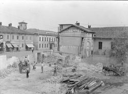 [6]: Cornaredo: abbattimento del cortile del fattore di casa Serbelloni