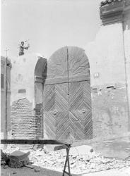 [12]: Cornaredo: abbattimento del cortile del fattore di casa Serbelloni
