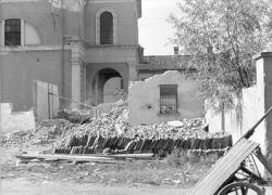 [14]: Cornaredo: abbattimento del cortile del fattore di casa Serbelloni