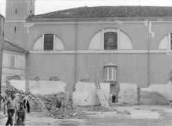 [18]: Cornaredo: abbattimento del cortile del fattore di casa Serbelloni