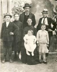 Famiglia Dubini al gran completo/ Anonimo