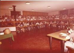 Amministrazione Cassanmagnago 1980-1981: Insediamento del Consiglio Comunale: aula consigliare gremita, in seduta plenaria 4
