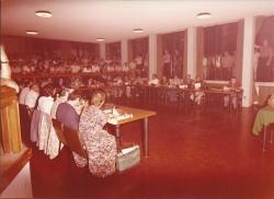 Amministrazione Cassanmagnago 1980-1981: Insediamento del Consiglio Comunale: aula consigliare gremita, in seduta plenaria 5